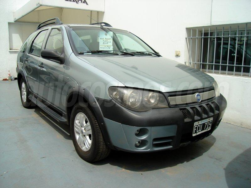 foto Fiat Palio Weekend 1.8L Adventure Active