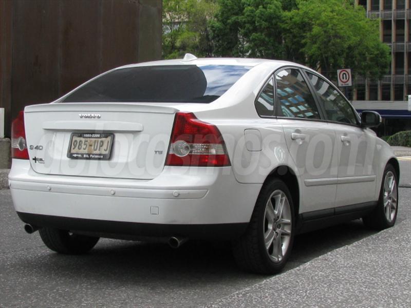 venta auto seminuevo Volvo S40 T5 Inspiration (2007) color Blanco ...