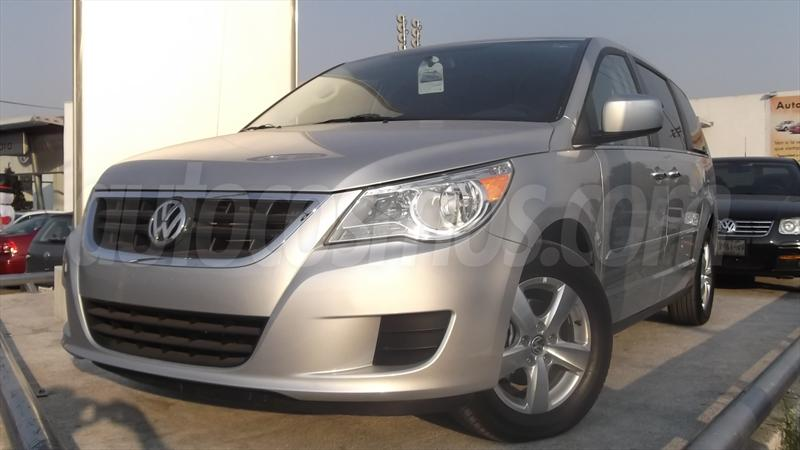 foto Volkswagen Routan Exclusive Entertainment