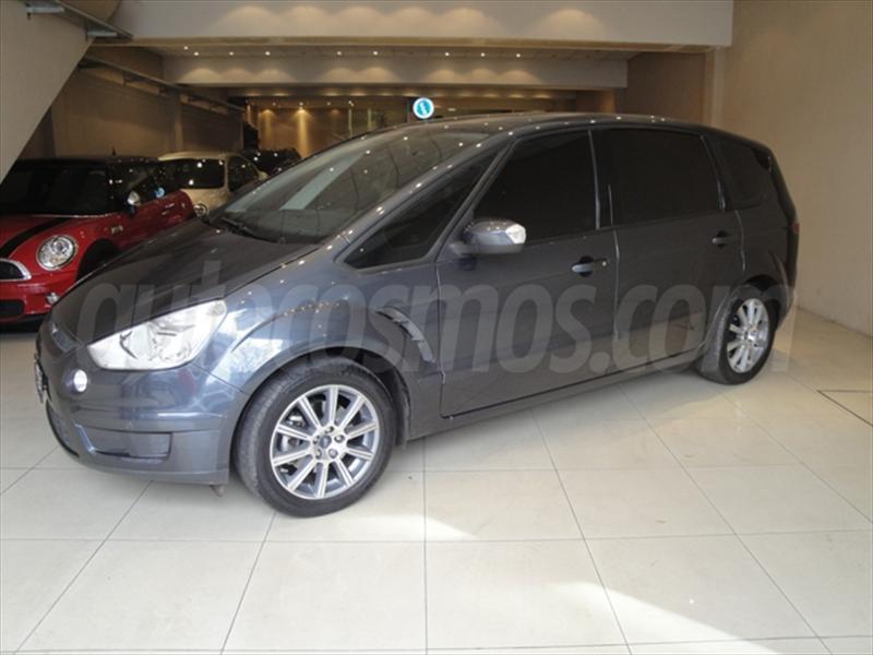 venta auto usado Ford S-Max Trend (2011) color Gris Oceano precio u$