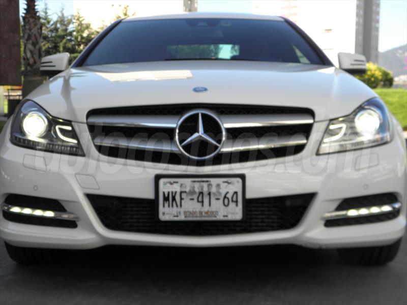 Mercedes Clase A: precios, prueba, ficha técnica y fotos.