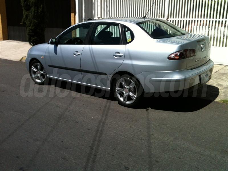 venta auto seminuevo SEAT Cordoba Stylance (2008) color Plata ...
