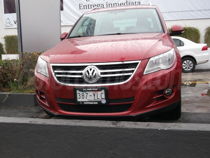 Volkswagen Tiguan Track Fun Color Rojo Cerezo Precio