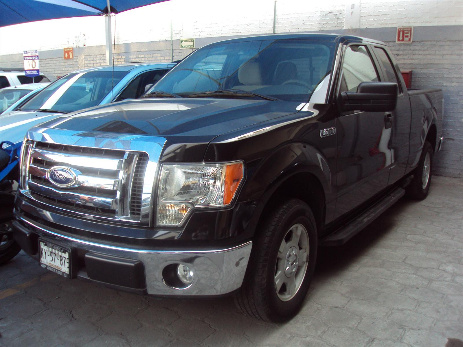 Venta autos usado - Ciudad de Mexico - Ford Lobo XLT 4x2