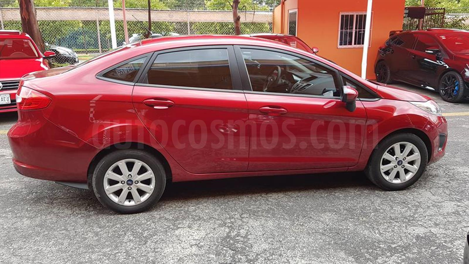 Venta autos usado - Estado de Mexico - Ford Fiesta Sedan