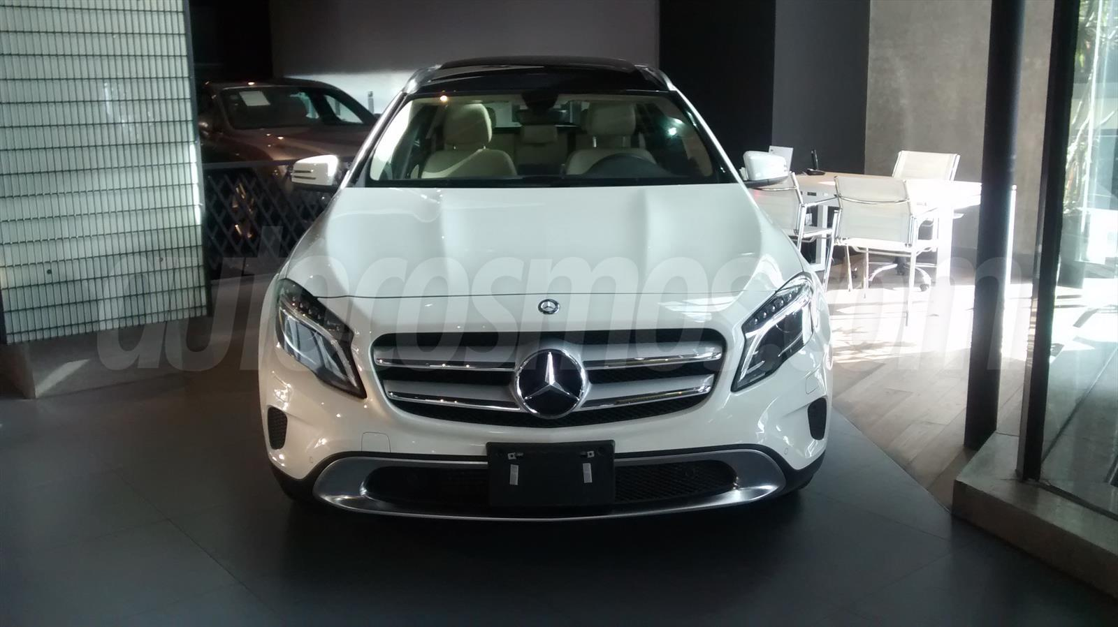 Autos mercedes benz clase a 200 cgi 2014 0 km compra tu for Camioneta mercedes benz