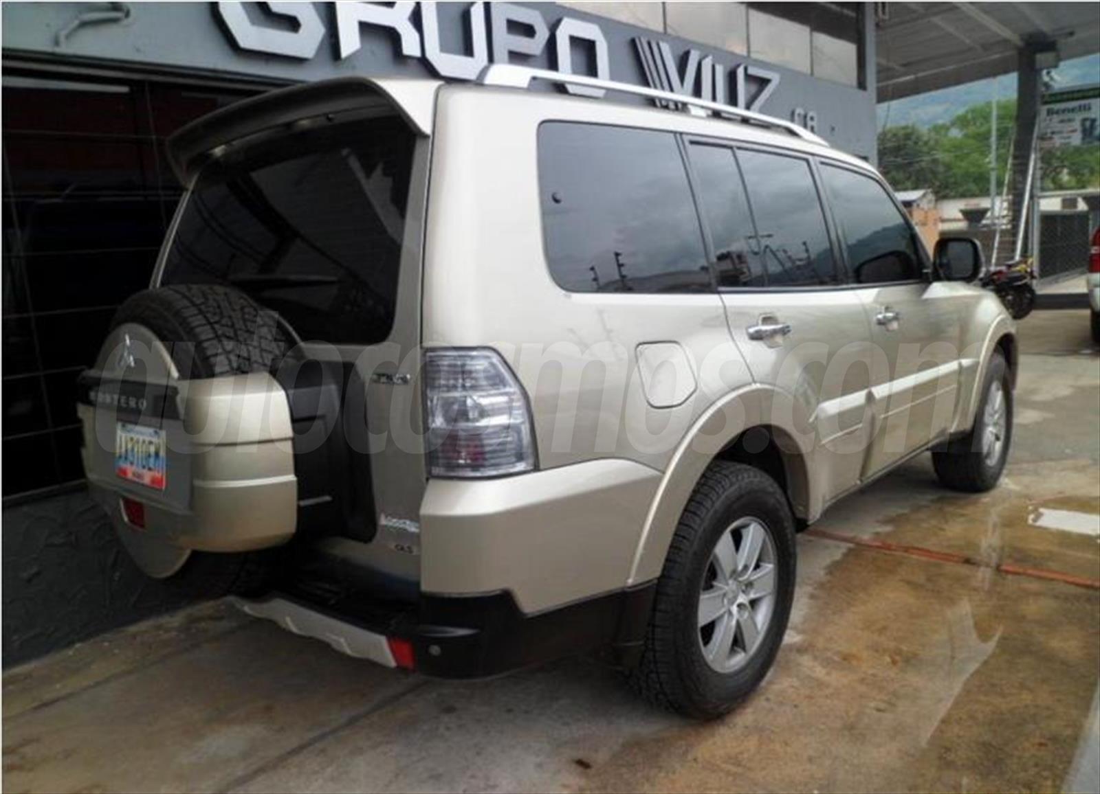 Venta carros usado - Distrito Capital - Mitsubishi Montero