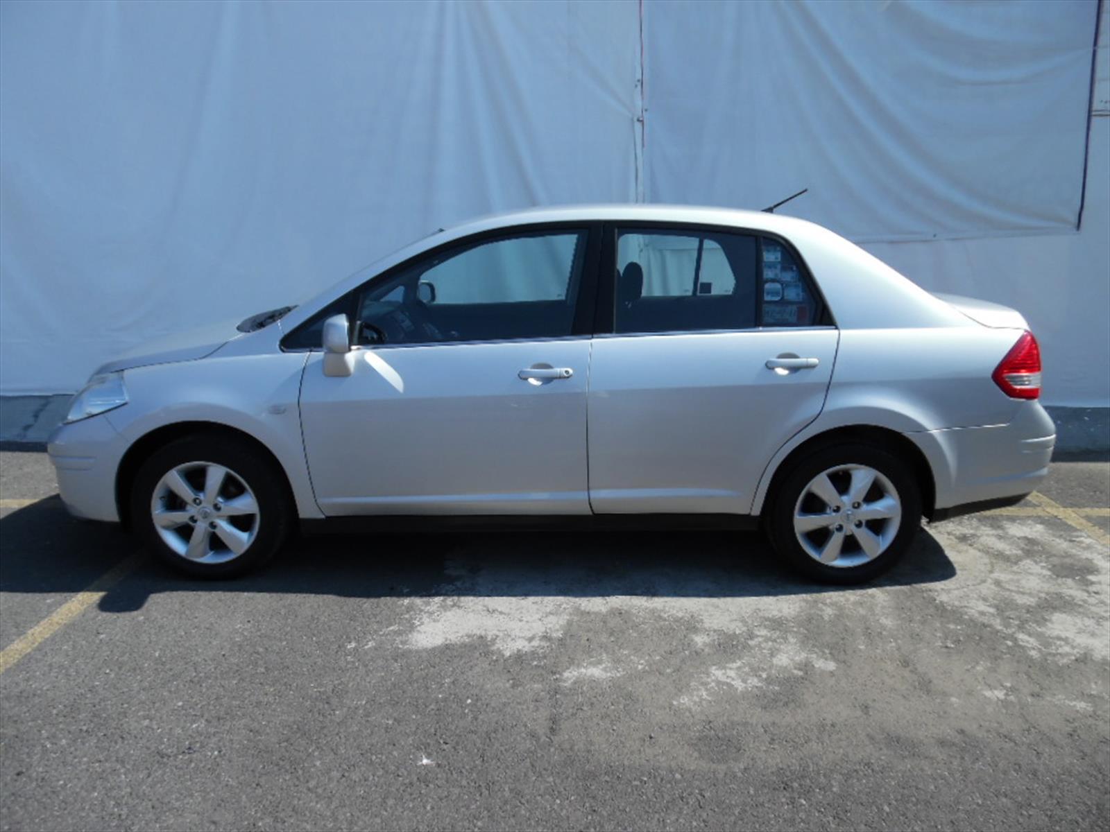 Venta Auto Usado Nissan Tiida Sedan Emotion 2011 Color