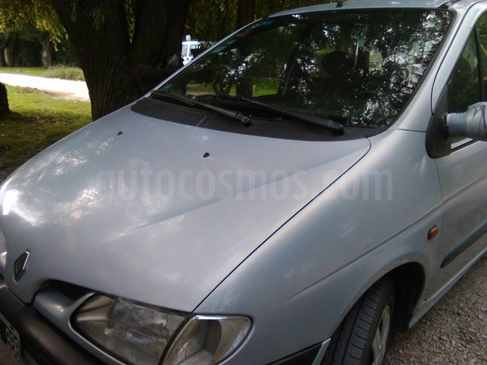 Venta Autos Usado Buenos Aires Renault Scenic 1 6 Rn