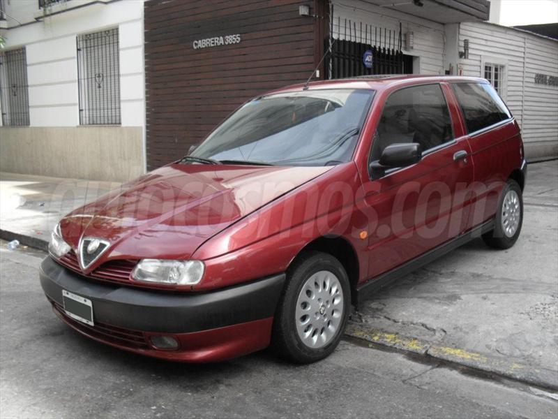 foto Alfa Romeo 145 2.0 TD Full