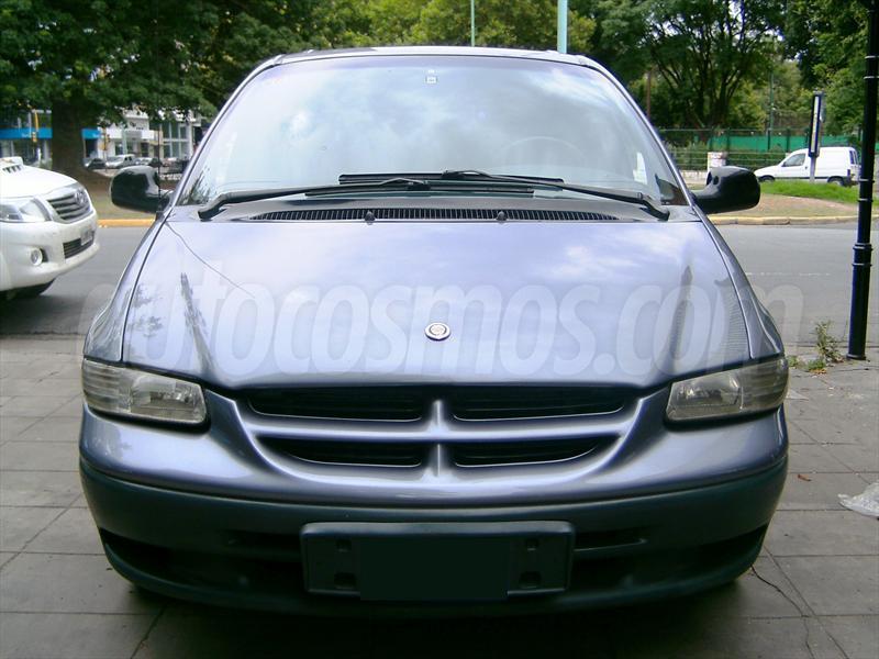 foto Chrysler Caravan 3.3 SE Aut