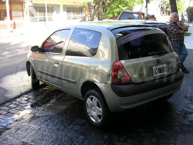 foto Renault Clio 3P Bic Yahoo! Pack Da Aa