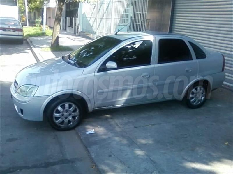 foto Chevrolet Corsa 4P CD