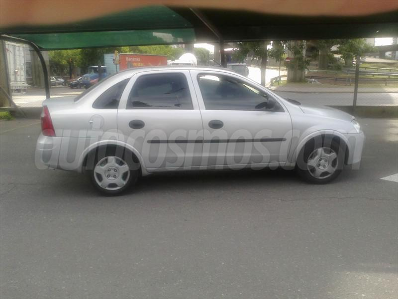 foto Chevrolet Corsa 4P GLS Full
