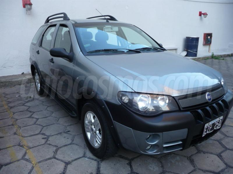 foto Fiat Palio Weekend 1.8L ELX Active