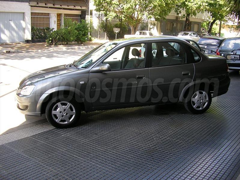 foto Chevrolet Corsa 4P GL DH AA