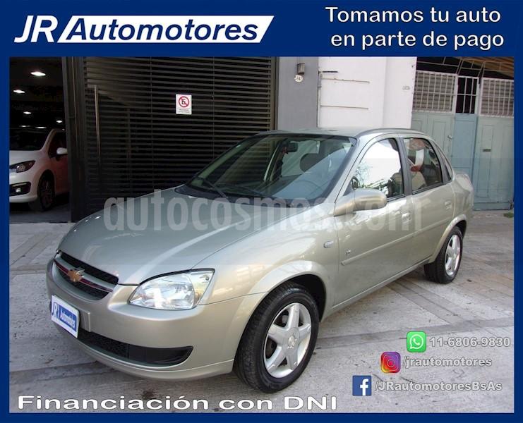 foto Chevrolet Classic 4P LT usado