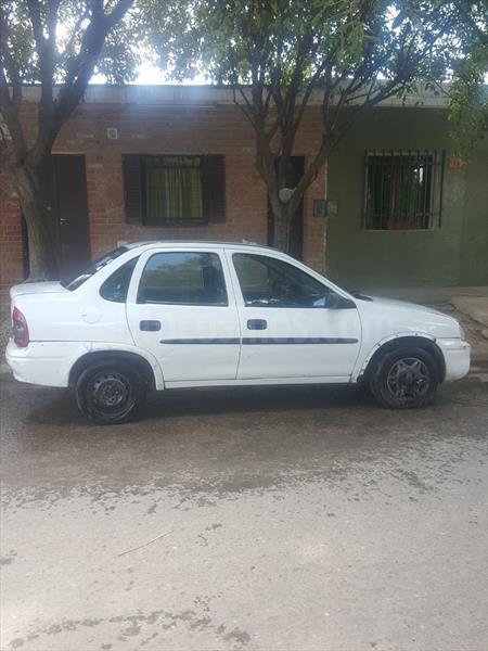 foto Chevrolet Corsa 4P CD usado