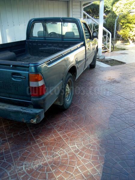 Chevrolet Luv Dlx 2 3 Usado  1998  Color Verde Precio  2