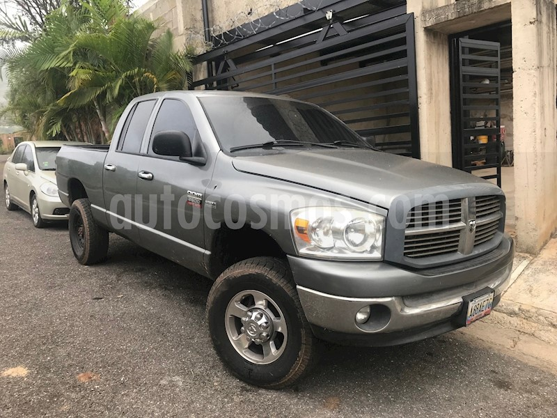 foto Dodge Ram 2500 Pick Up 4x4 Usado
