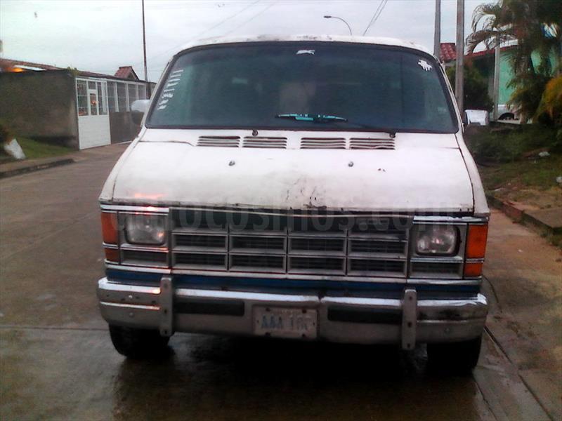 foto Dodge ram van transpote publico usado