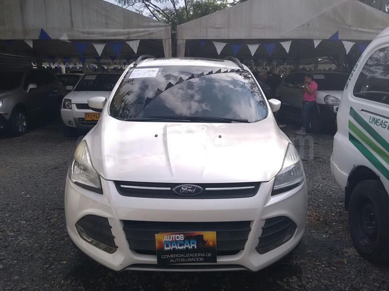 foto Ford Escape 2.0L SE 4x4 usado (2013) color Blanco precio $66.000.000