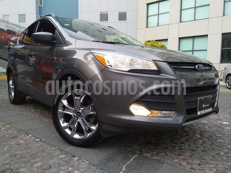foto Ford Escape SE Plus con techo panoramico Seminuevo