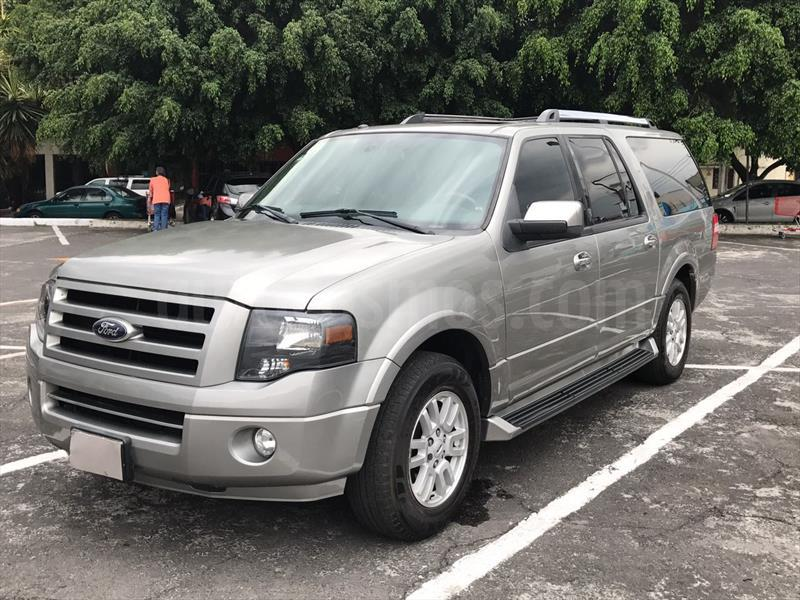 foto Ford Expedition Limited 4x2 MAX Seminuevo