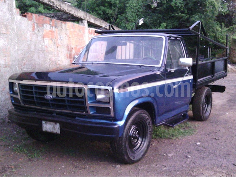 foto Ford F-150 Pick-up L6,4.9 S 1 3 usado