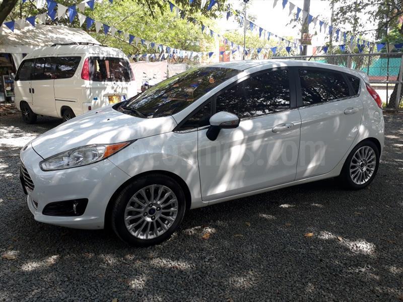 foto Ford Fiesta Titanium Aut usado