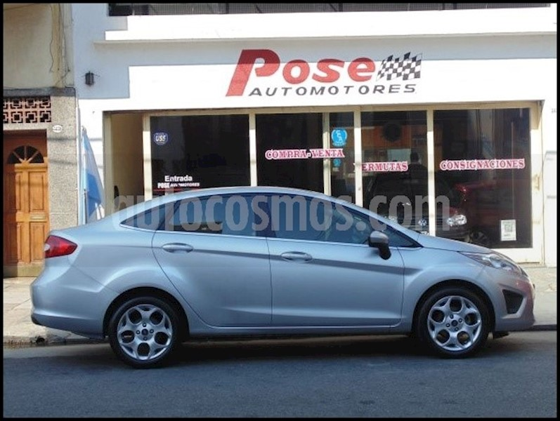 foto Ford Fiesta Kinetic Sedan Trend Usado
