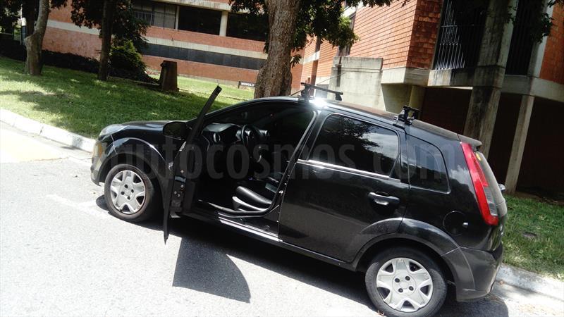 foto Ford Fiesta Move usado