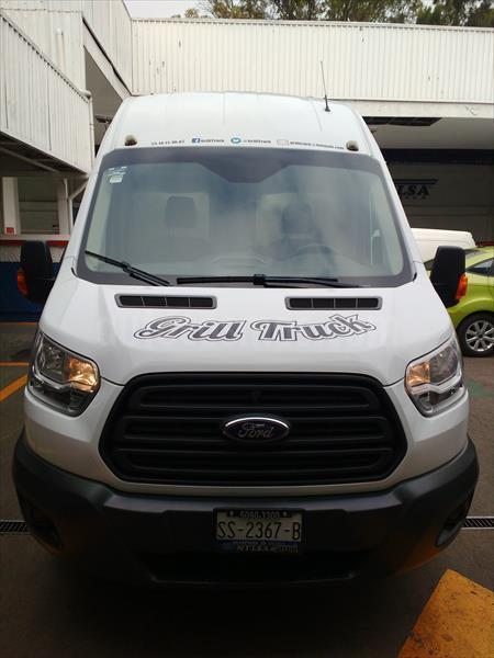 foto Ford Transit food truck Seminuevo