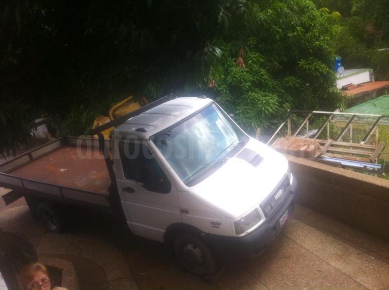 foto Iveco 40.10 CAB (3310) L4 3.9i usado