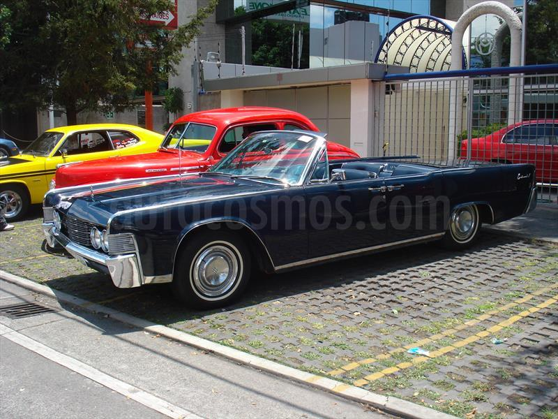 venta auto usado lincoln continental aut 1969 color azul precio 380 000. Black Bedroom Furniture Sets. Home Design Ideas