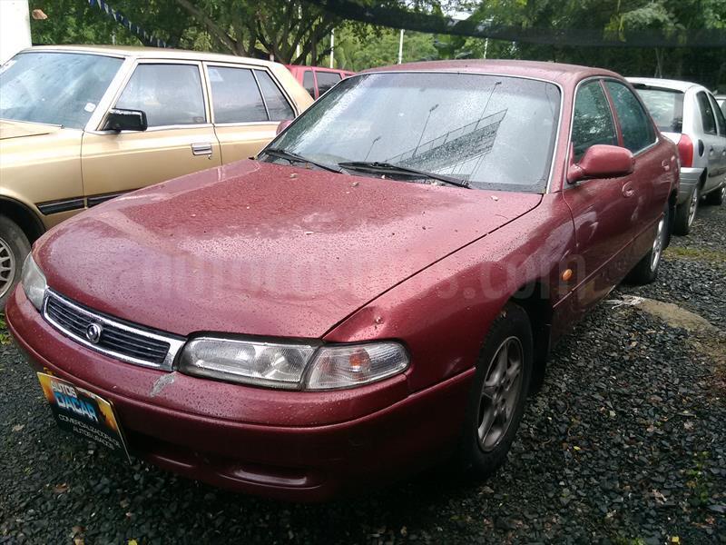 foto Mazda 626 nuevo milenio usado