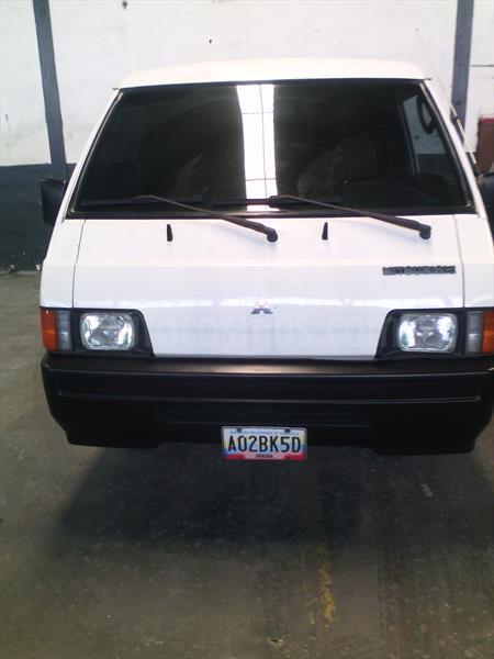 foto Mitsubishi L300 Panel 2.0L usado