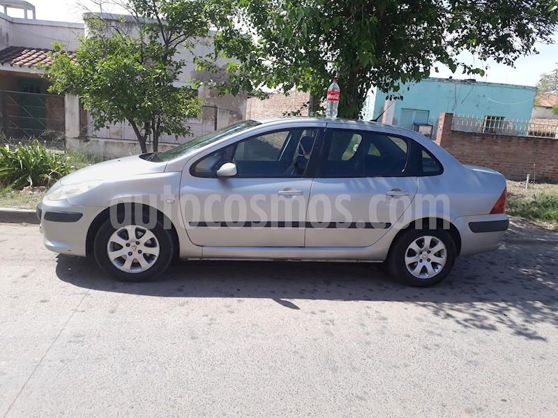 foto Peugeot 307 4P 2.0 HDi XT Premium (90 cv) usado