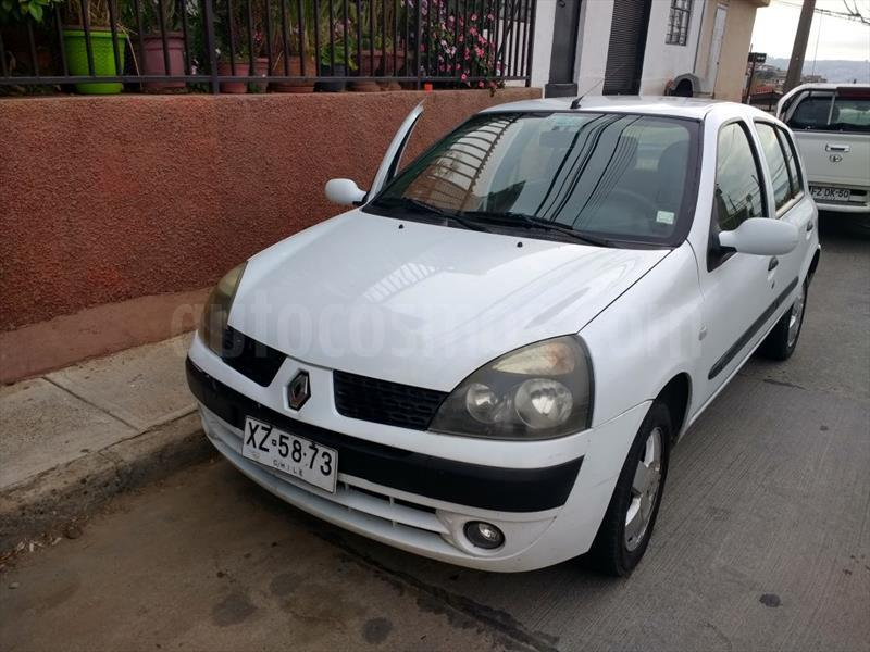 foto Renault Clio ll 5 Puertas 1.6 16V Privilege ABS Mec 5P NEW usado