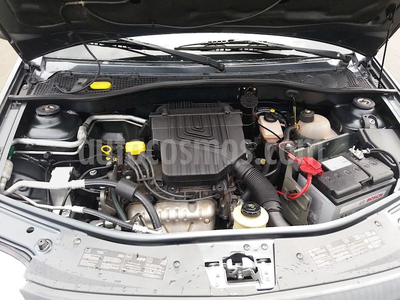 foto Renault Logan Familier Usado