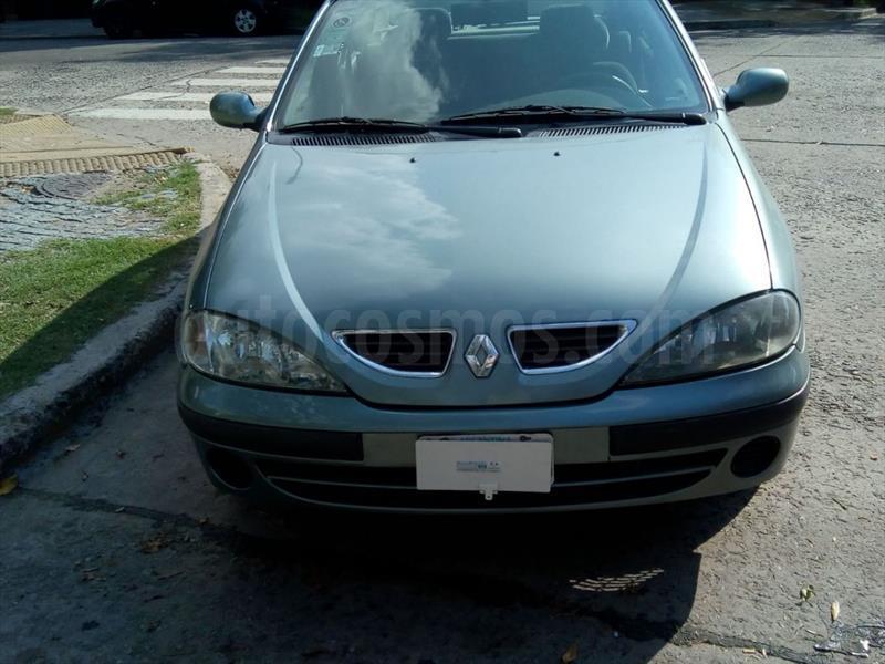 foto Renault Megane Fase 2 - 4Ptas. 1.6 Expression usado