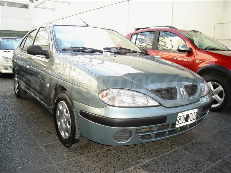 foto Renault Megane Tric 1.6 Pack Plus