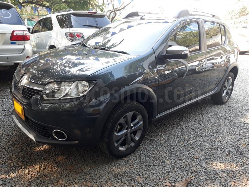 foto Renault Sandero Stepway Night & Day Usado