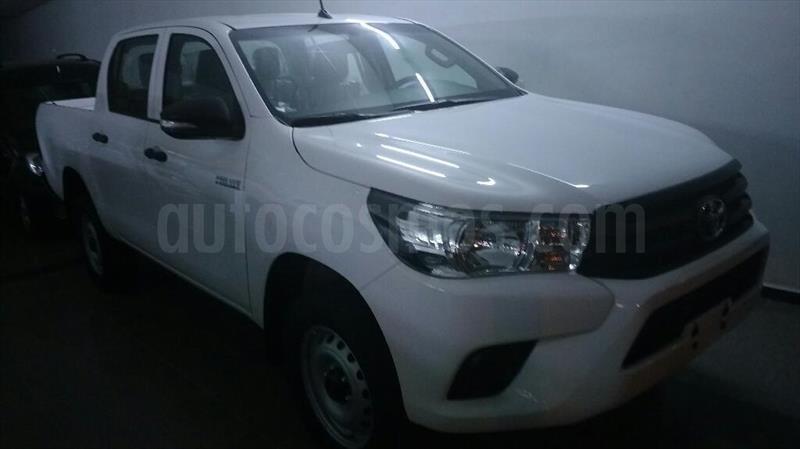 foto Toyota Hilux 2.4 4x2 DX TDi SC usado