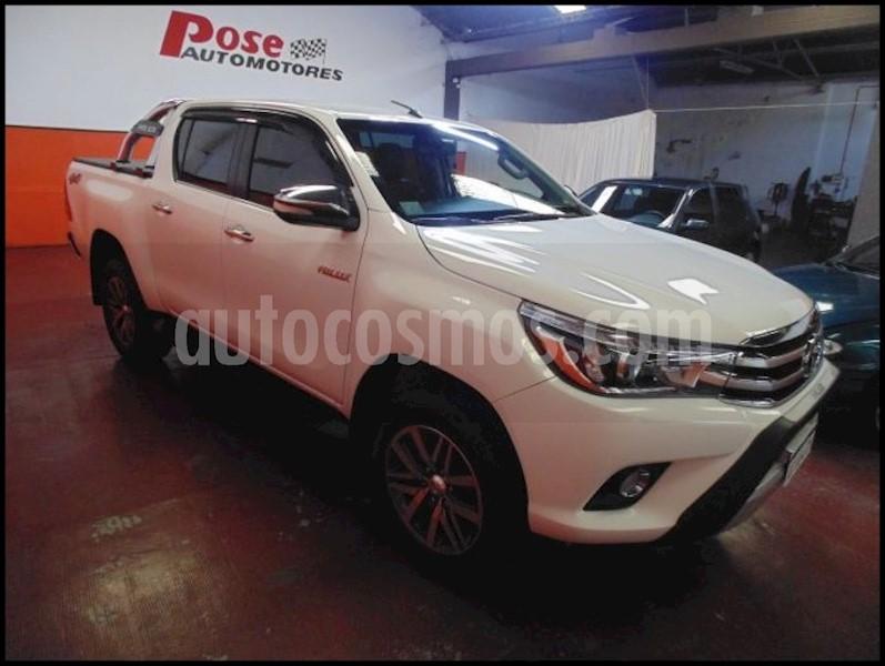 foto Toyota Hilux SW4 4x4 SRX 2.8TDi 6M/T usado
