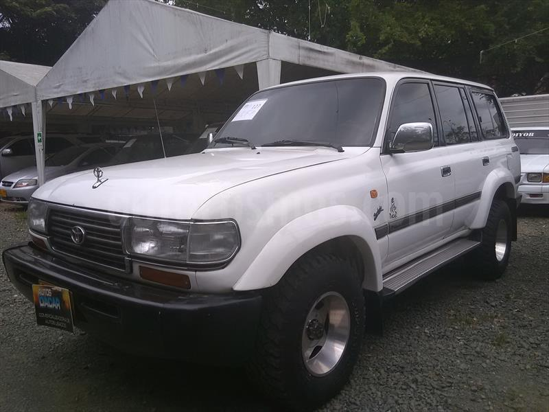 foto Toyota Land Cruiser  79 Chasis  usado