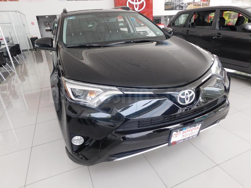 foto Toyota RAV4 Limited 4WD