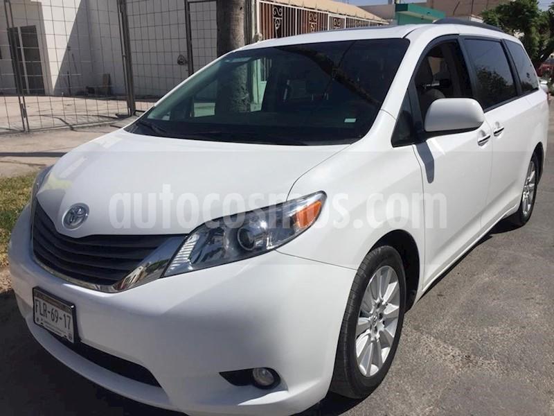 foto Toyota Sienna Limited 3.3L Seminuevo