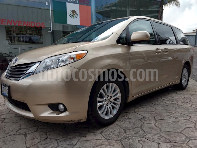 foto Toyota Sienna XLE 3.5L usado