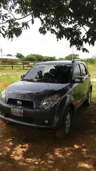 foto Toyota Terios 1.5L usado